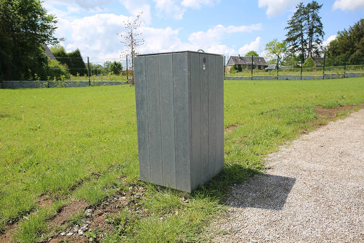 Aménagement corbeilles - Parc Public Flesselles