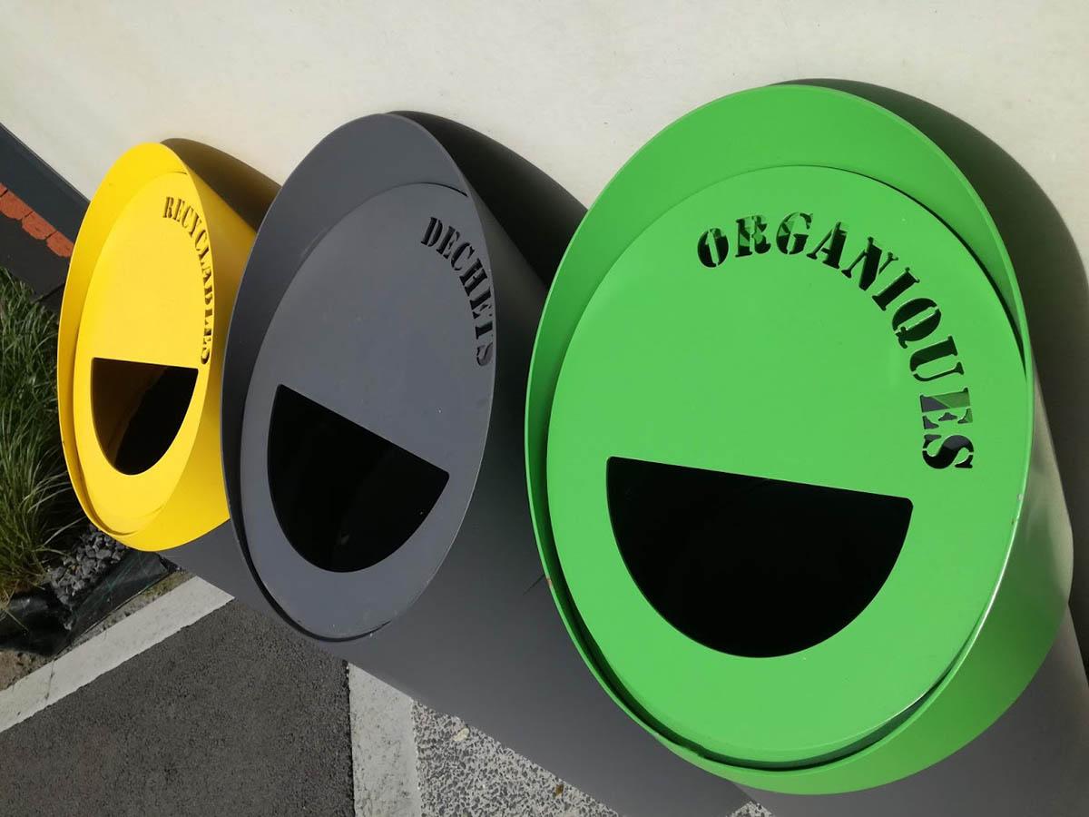 Aménagement de corbeilles de tri sélectif à Somain - Candéliance