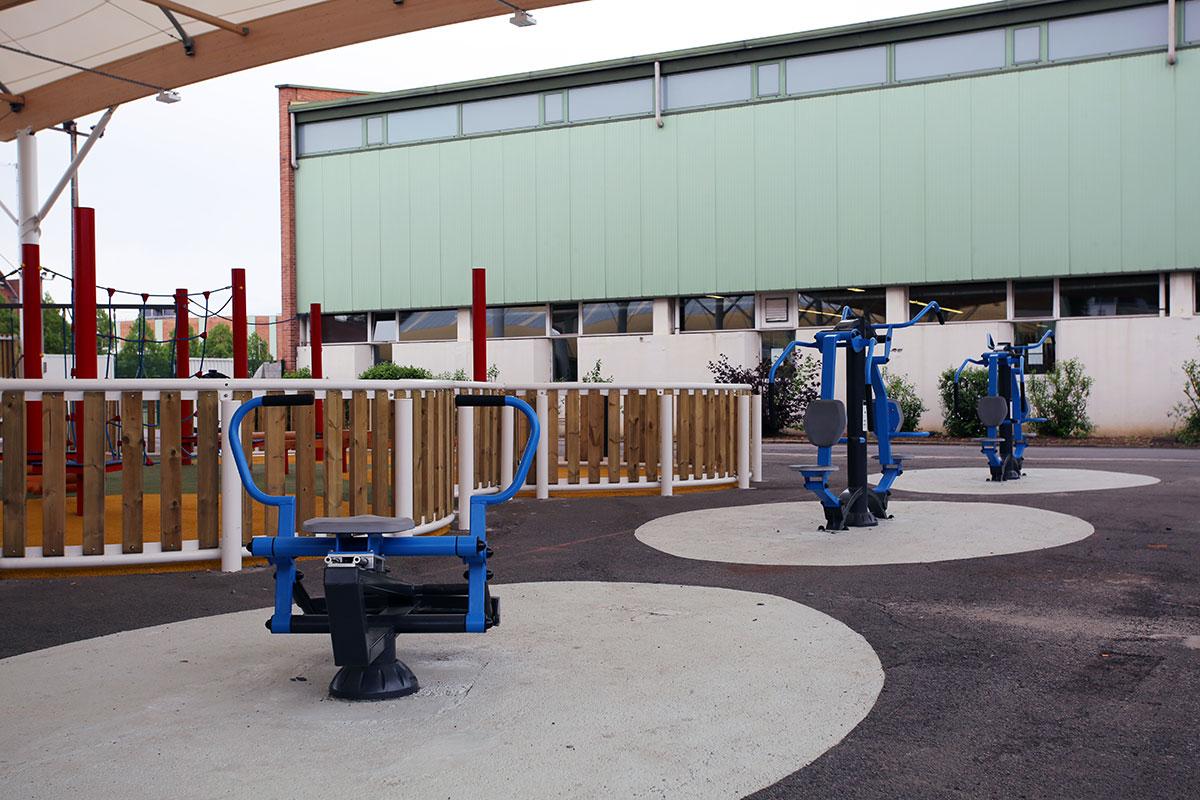 Aménagement d'agrès fitness à Croix par Fitpark - Candéliance