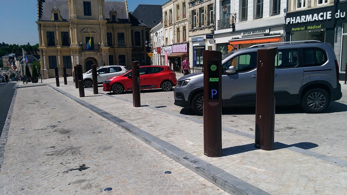 Aménagement des bornes arrêt minutes - Le Cateau Cambresis - Réalisation Urbaflux - Candéliance